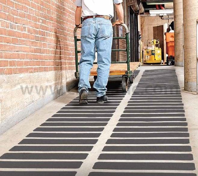 เทปกันลื่น 3M Safety-Walk